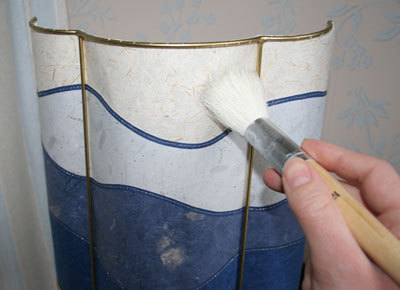 How to Clean Lampshades