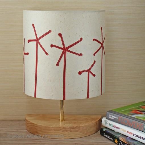 Red seadheads table lamp